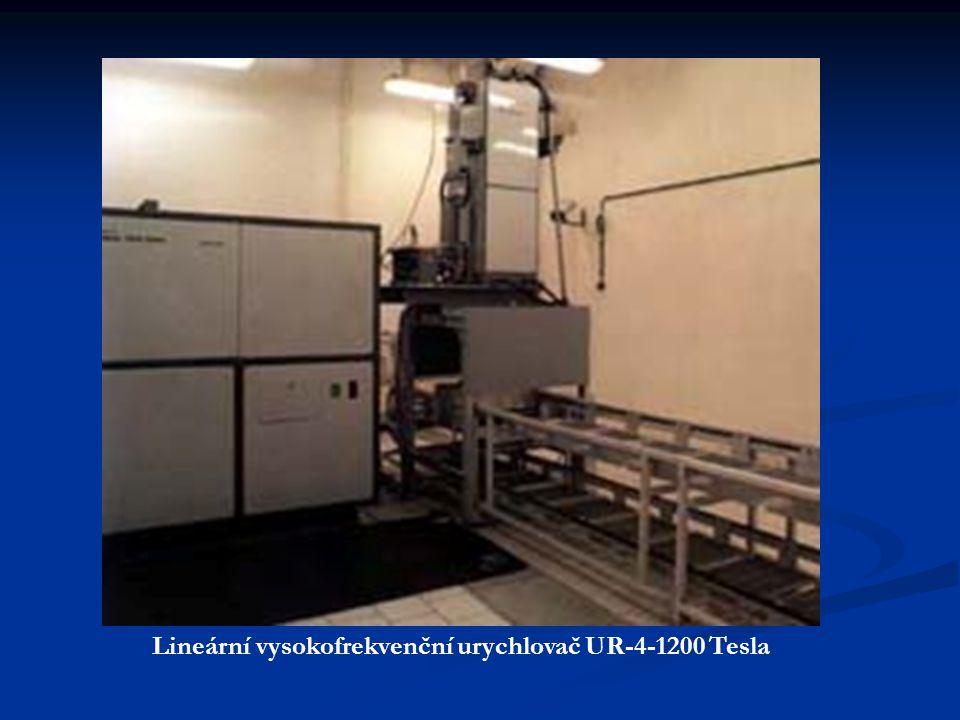 Lineární vysokofrekvenční urychlovač UR-4-1200 Tesla