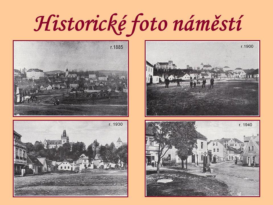 Historické foto náměstí