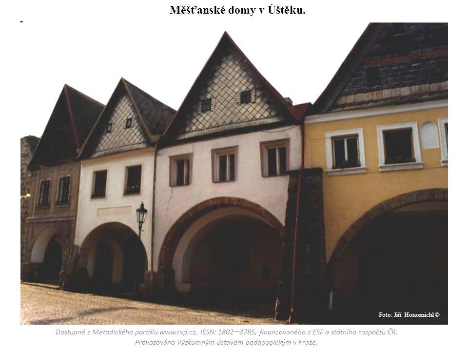 Měšťanské domy v Úštěku.