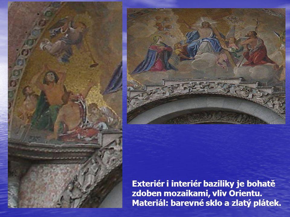 Exteriér i interiér baziliky je bohatě