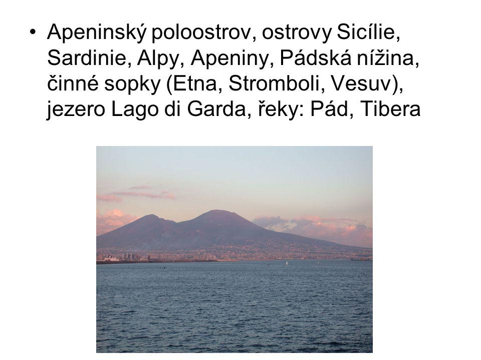 Apeninský poloostrov, ostrovy Sicílie, Sardinie, Alpy, Apeniny, Pádská nížina, činné sopky (Etna, Stromboli, Vesuv), jezero Lago di Garda, řeky: Pád, Tibera