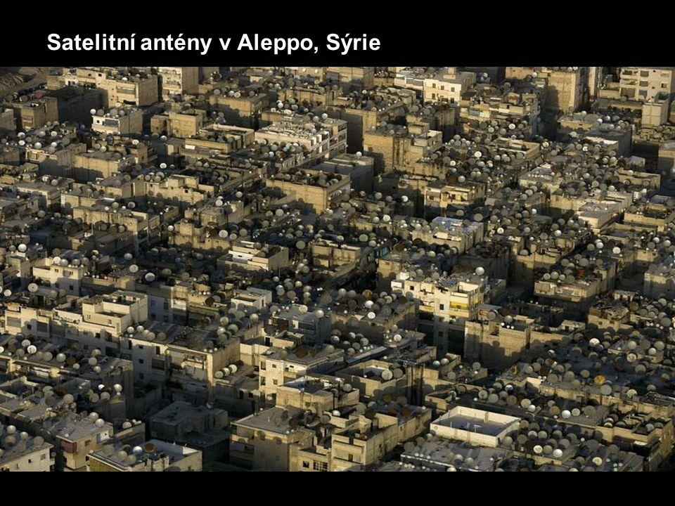 Satelitní antény v Aleppo, Sýrie