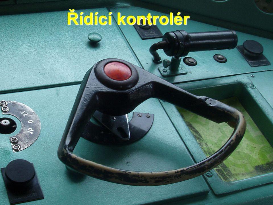 Řídící kontrolér