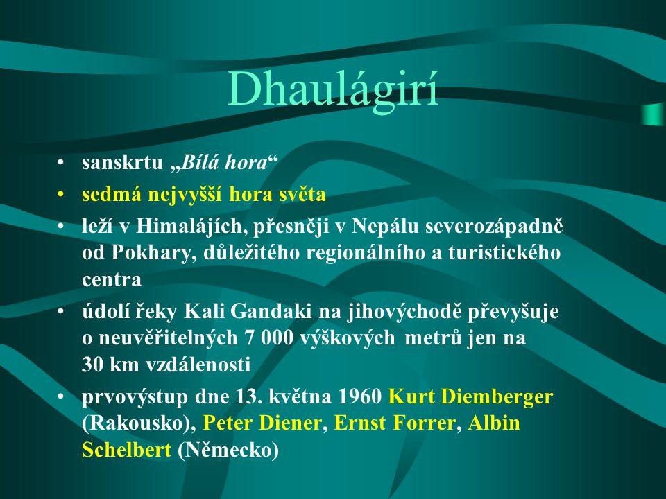 """Dhaulágirí sanskrtu """"Bílá hora sedmá nejvyšší hora světa"""