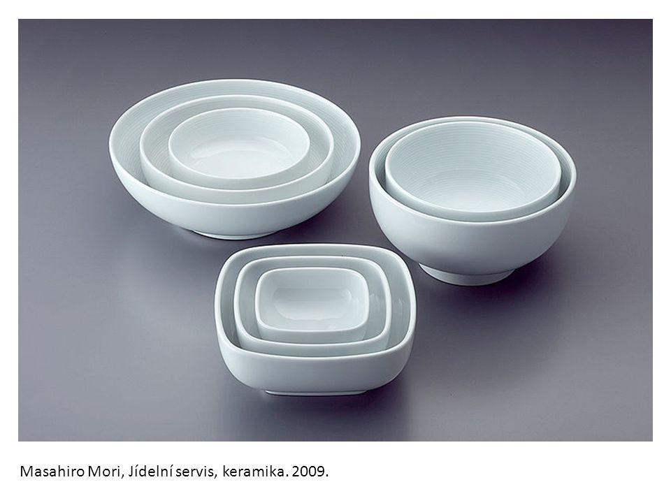 Masahiro Mori, Jídelní servis, keramika. 2009.
