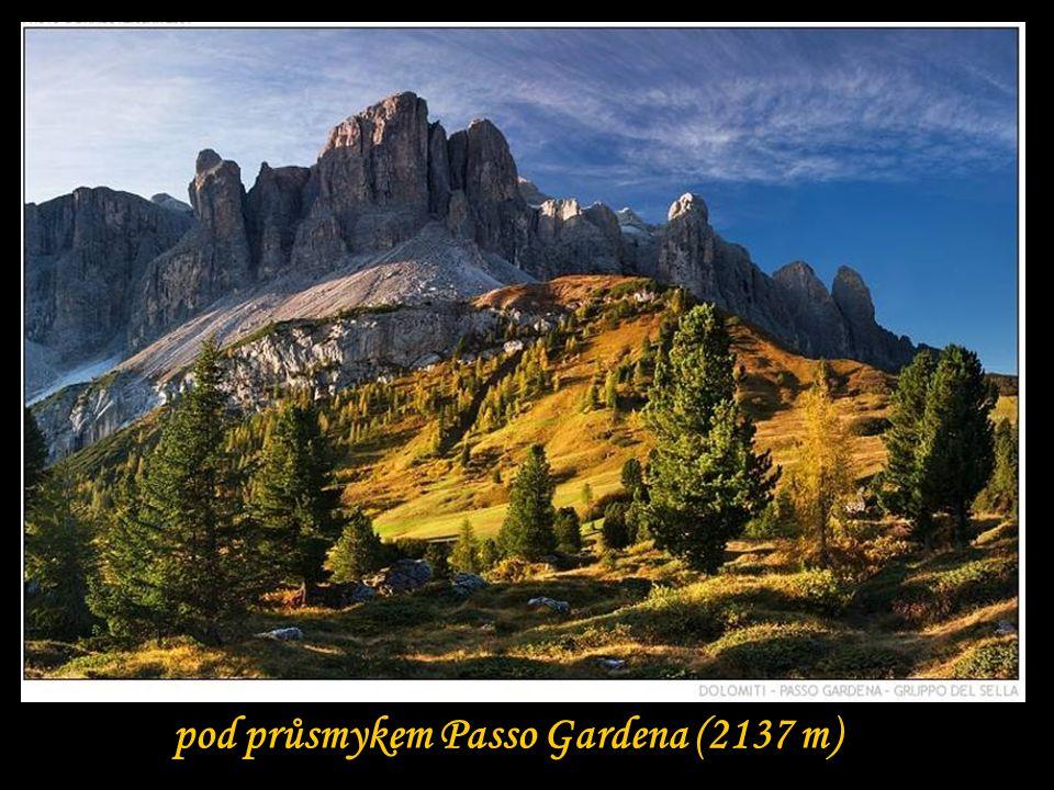 pod průsmykem Passo Gardena (2137 m)
