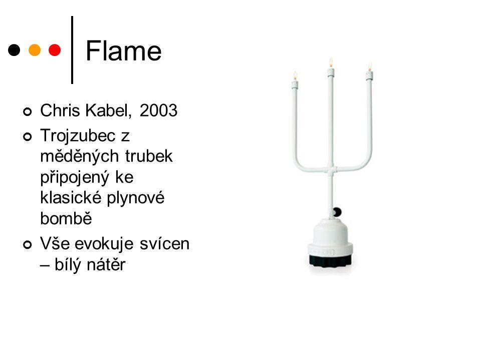 Flame Chris Kabel, 2003. Trojzubec z měděných trubek připojený ke klasické plynové bombě.