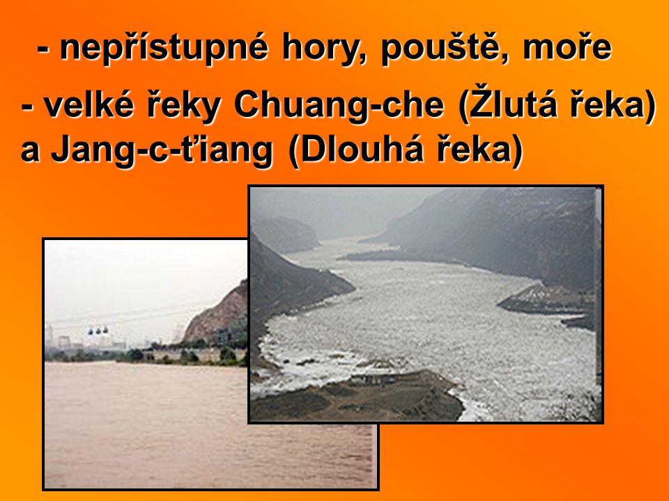 - nepřístupné hory, pouště, moře