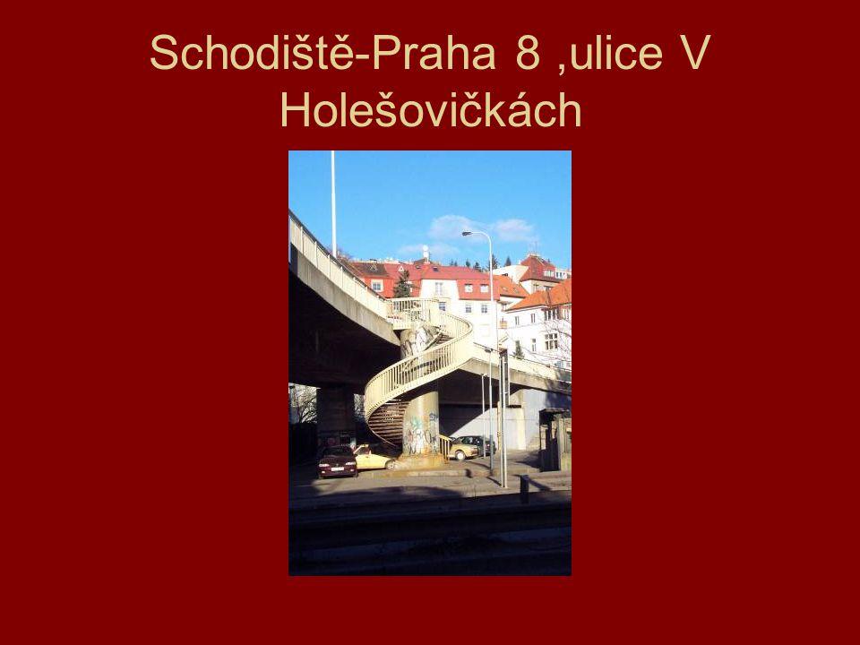Schodiště-Praha 8 ,ulice V Holešovičkách