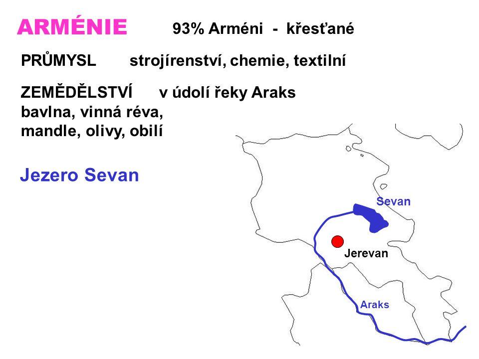 ARMÉNIE Jezero Sevan 93% Arméni - křesťané