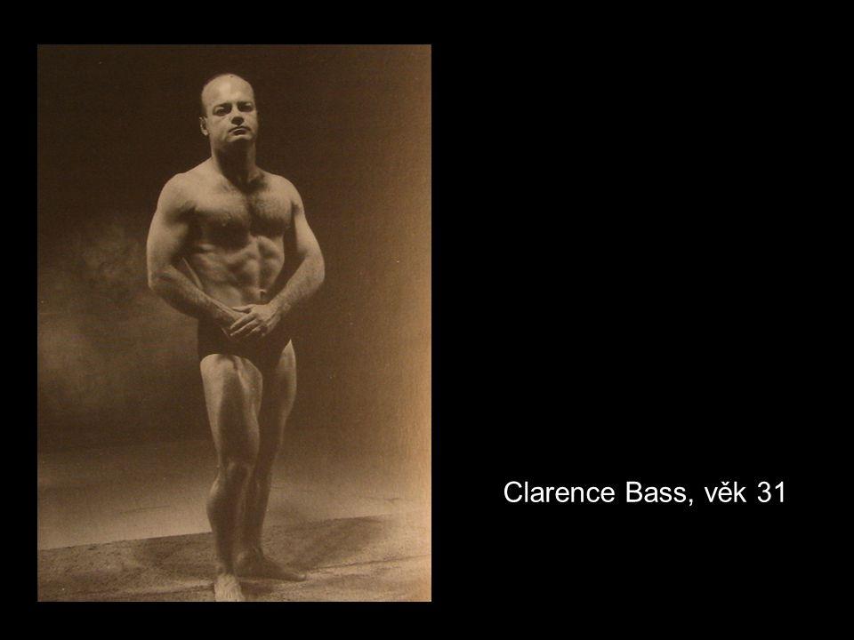 Clarence Bass, věk 31