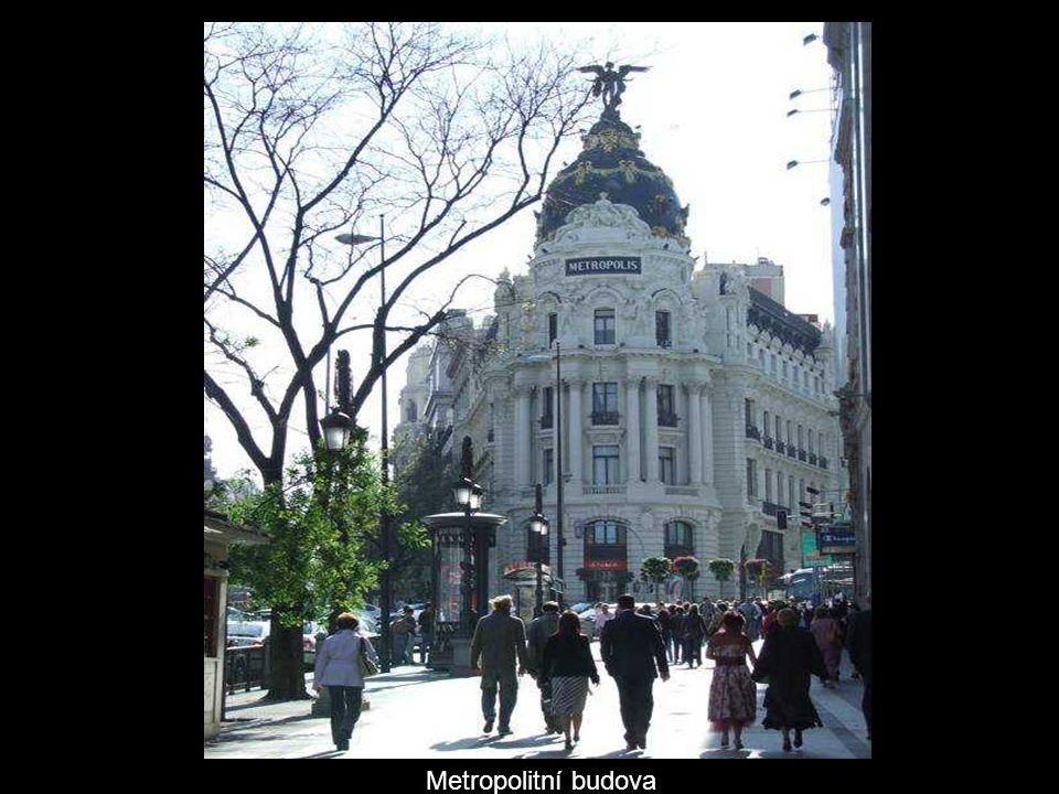 Metropolitní budova