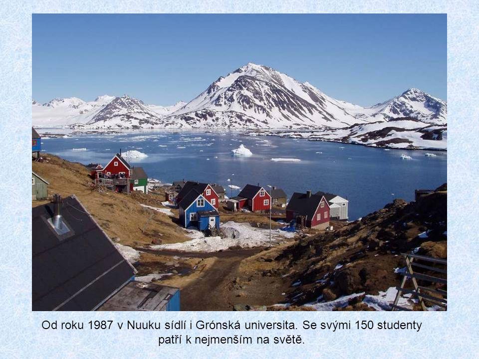 Od roku 1987 v Nuuku sídlí i Grónská universita