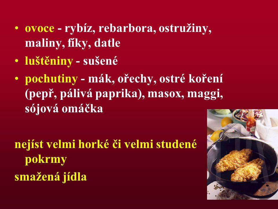 ovoce - rybíz, rebarbora, ostružiny, maliny, fíky, datle