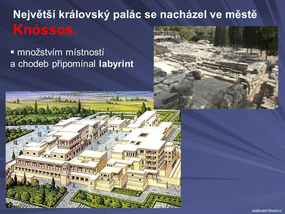 Knóssos. Největší královský palác se nacházel ve městě