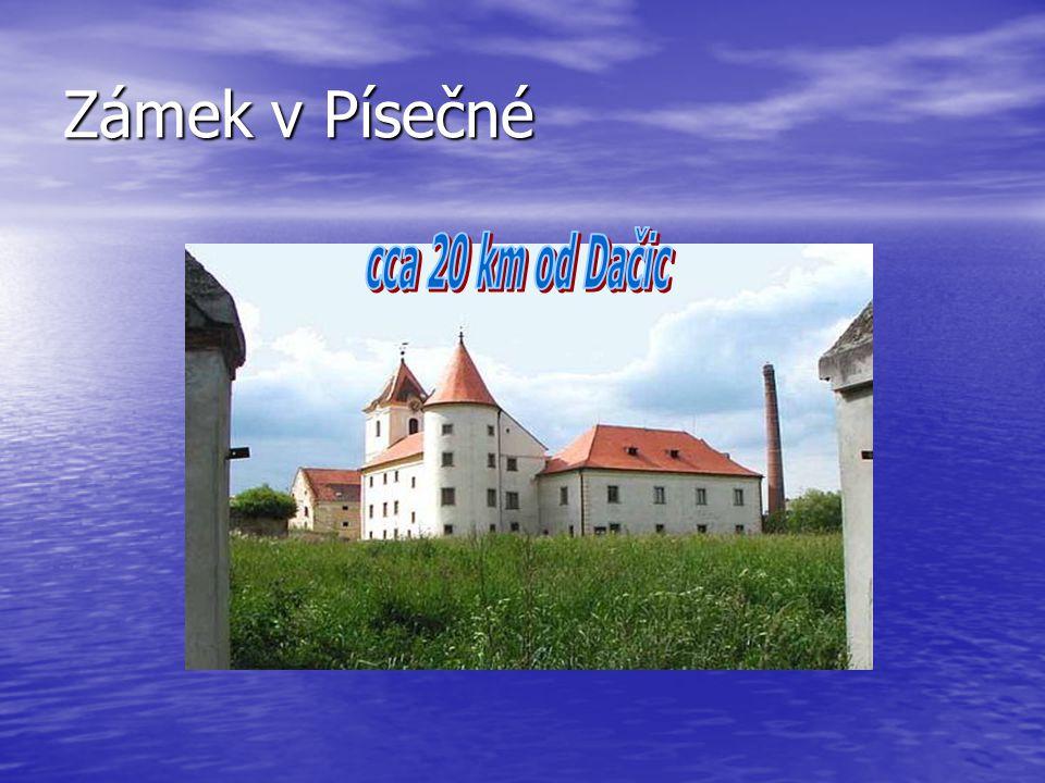 Zámek v Písečné cca 20 km od Dačic