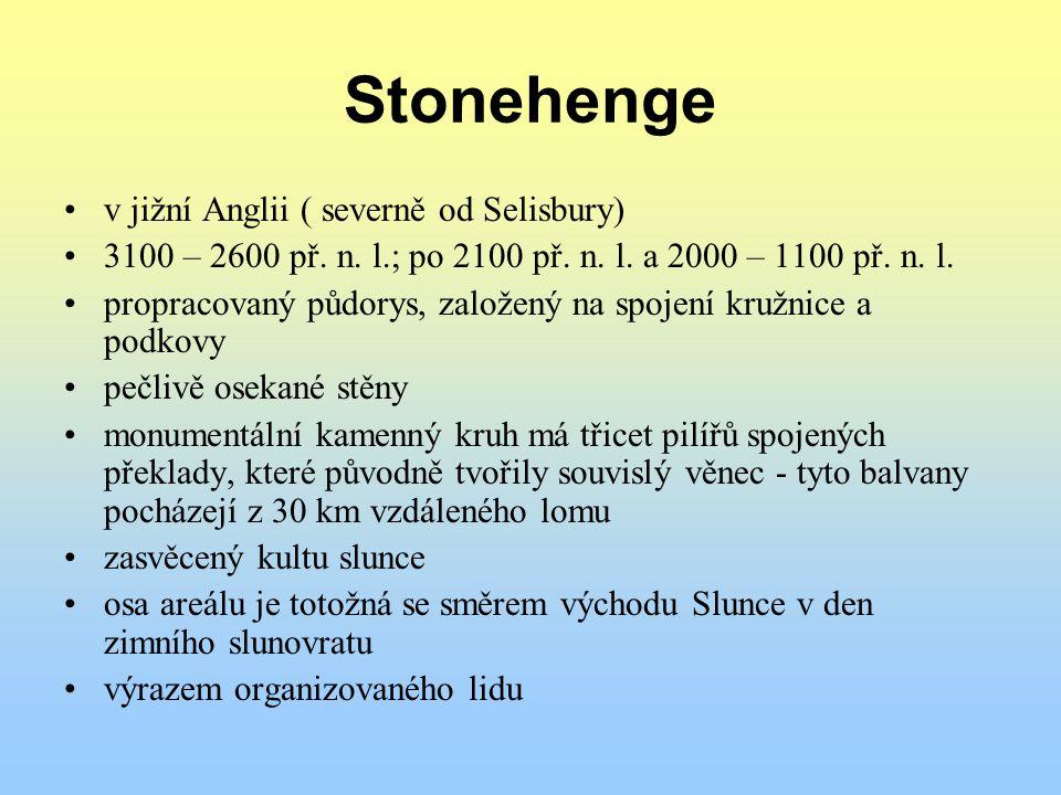 Stonehenge v jižní Anglii ( severně od Selisbury)