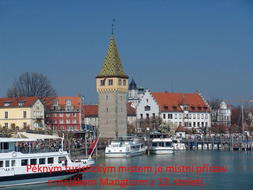 Pěkným turistickým místem je místní přístav