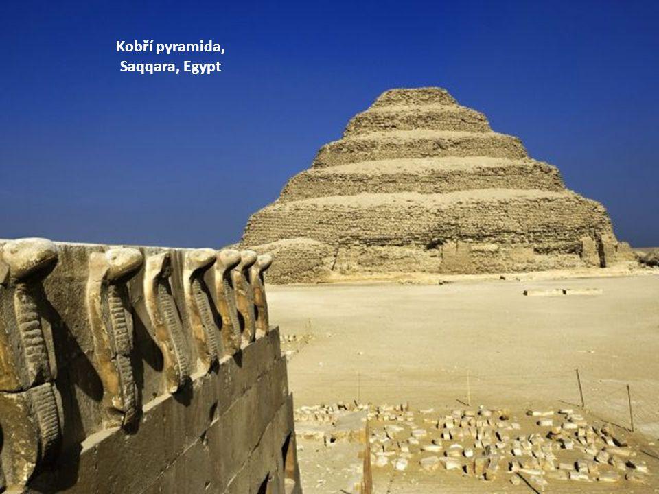 Kobří pyramida, Saqqara, Egypt
