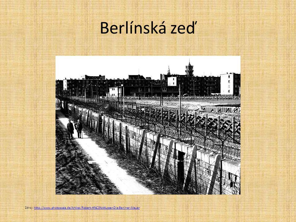Berlínská zeď Zdroj: http://www.photoscala.de/Artikel/Robert-H%C3%A4usser-Die-Berliner-Mauer
