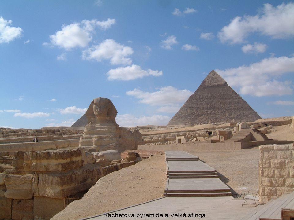 Rachefova pyramida a Velká sfinga