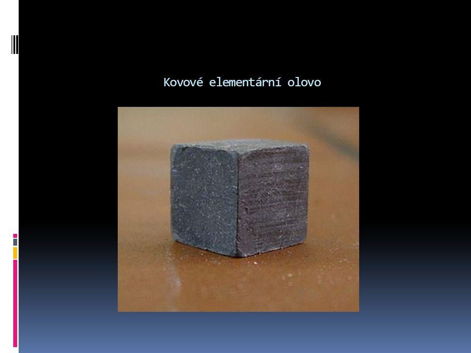 Kovové elementární olovo