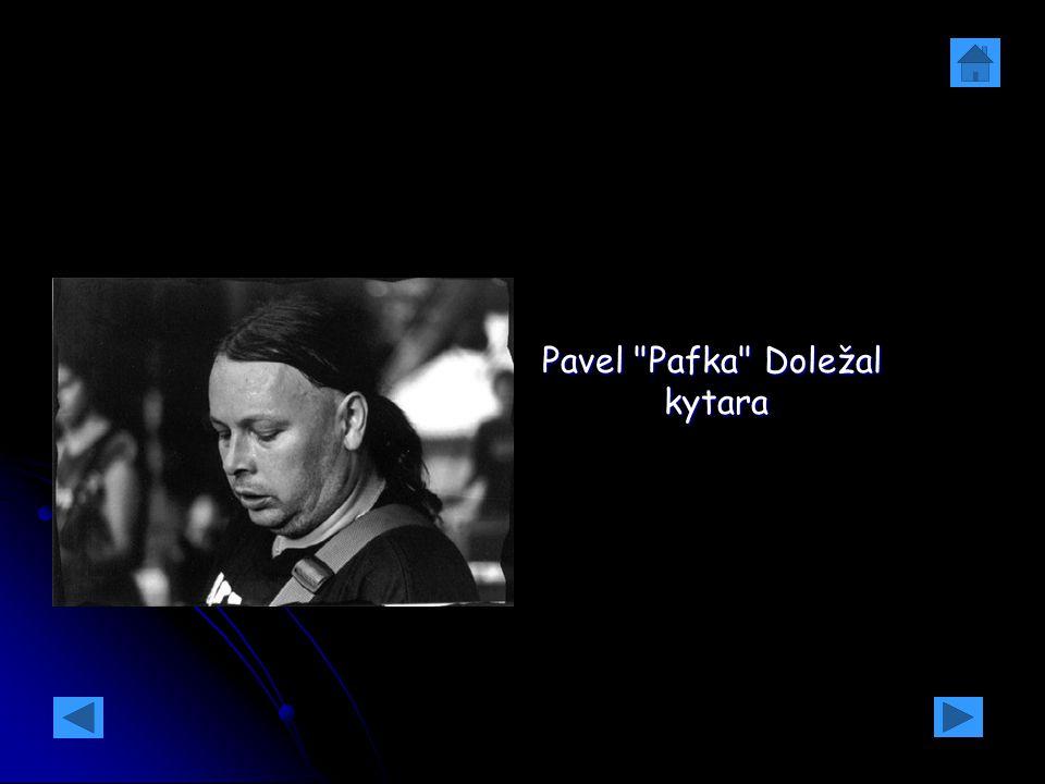 Pavel Pafka Doležal kytara