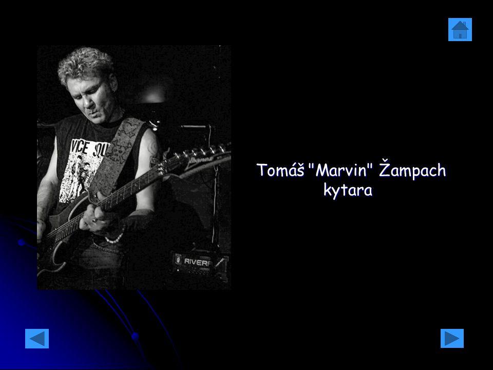 Tomáš Marvin Žampach kytara