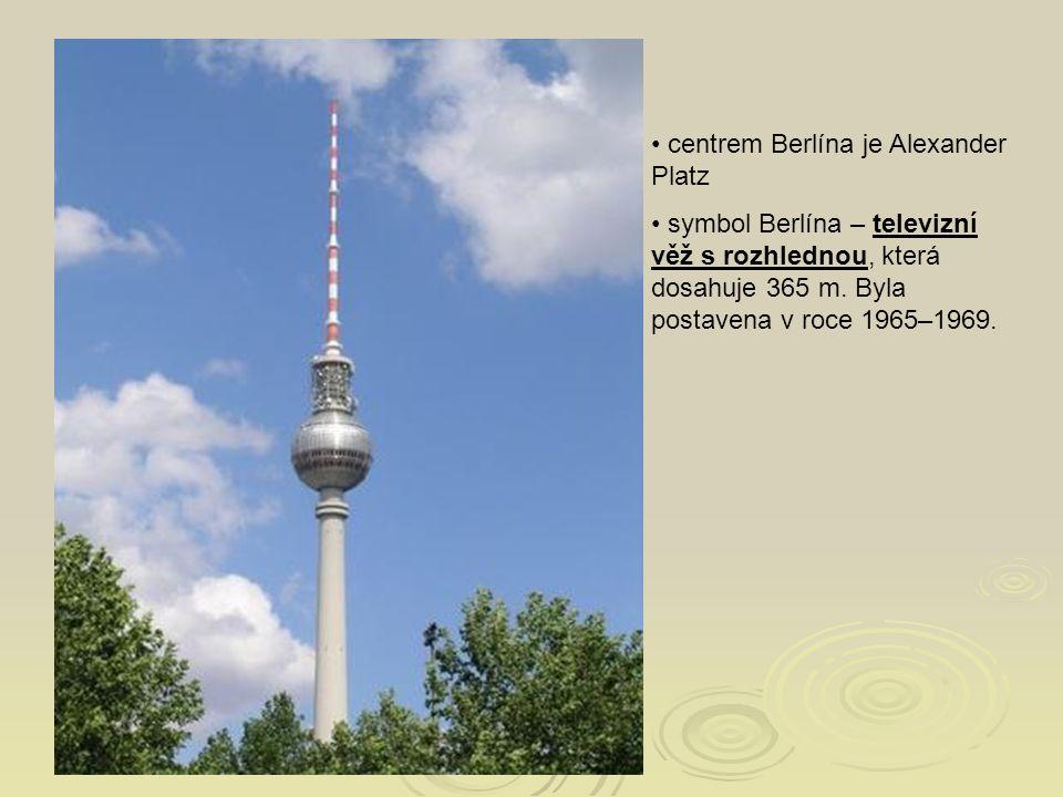 centrem Berlína je Alexander Platz
