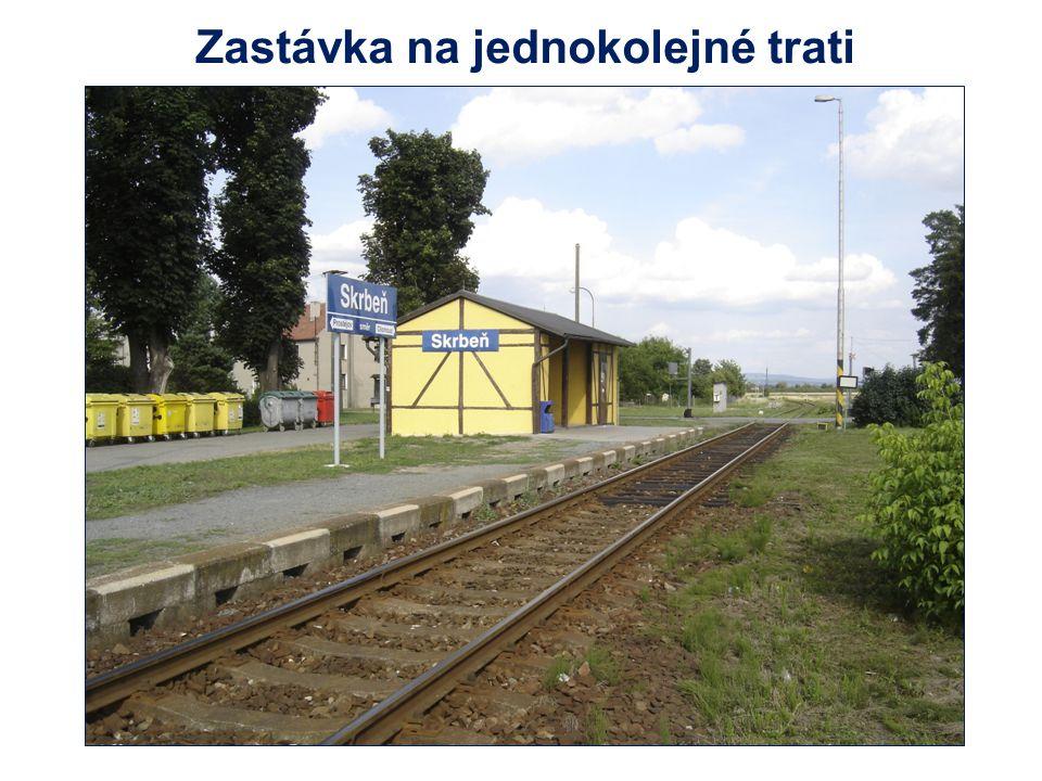 Zastávka na jednokolejné trati