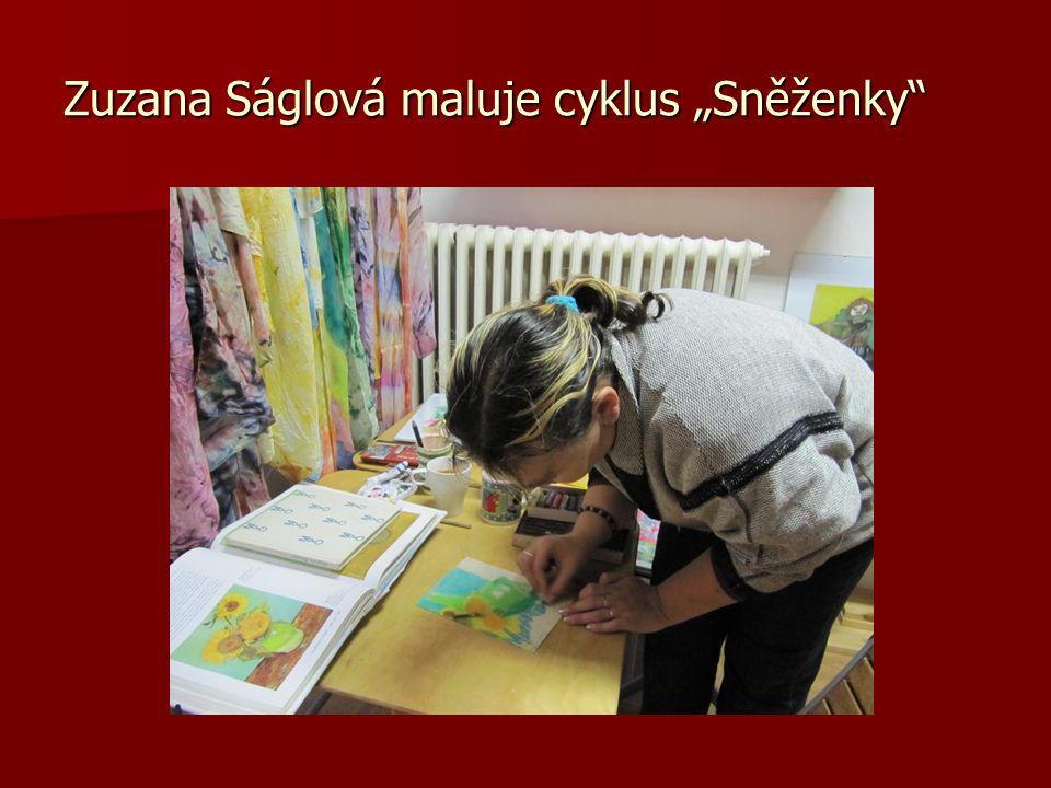 """Zuzana Ságlová maluje cyklus """"Sněženky"""