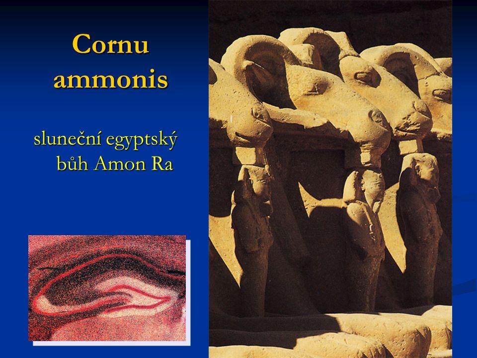 sluneční egyptský bůh Amon Ra