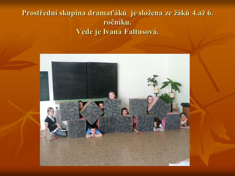 Prostřední skupina dramaťáků je složena ze žáků 4. až 6. ročníku