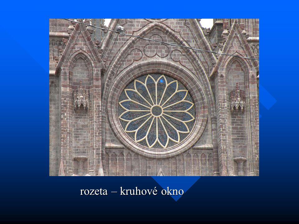 rozeta – kruhové okno