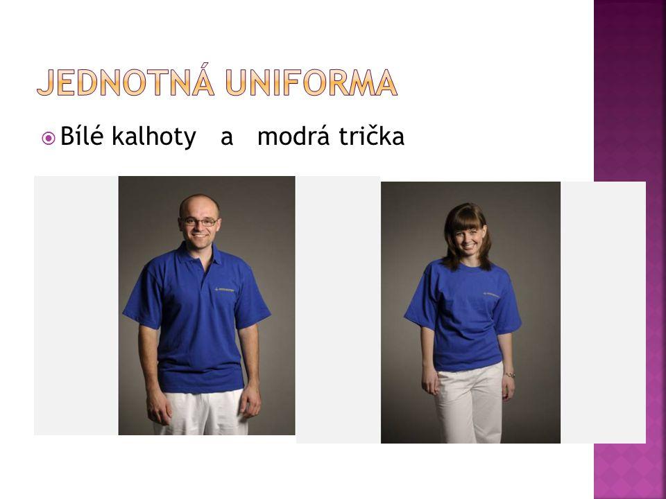 Jednotná uniforma Bílé kalhoty a modrá trička