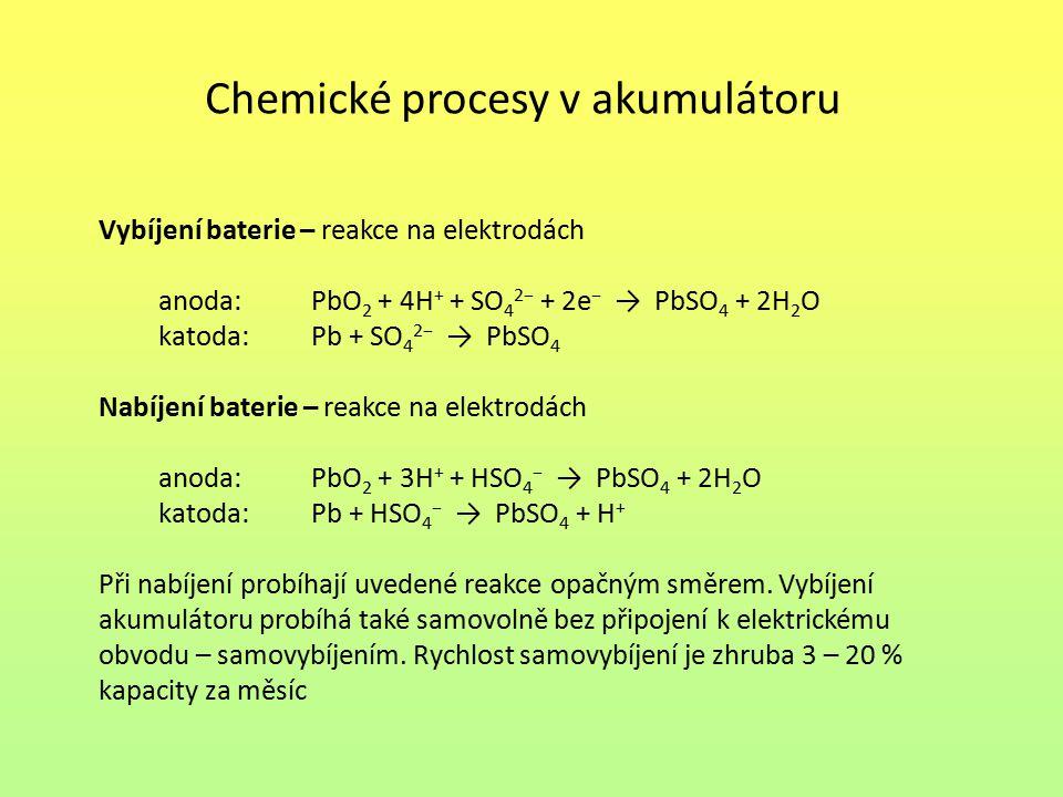 Chemické procesy v akumulátoru