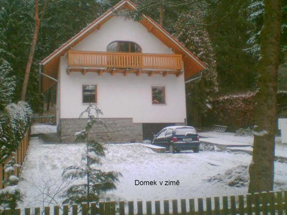 Domek v zimě Domek v zimě