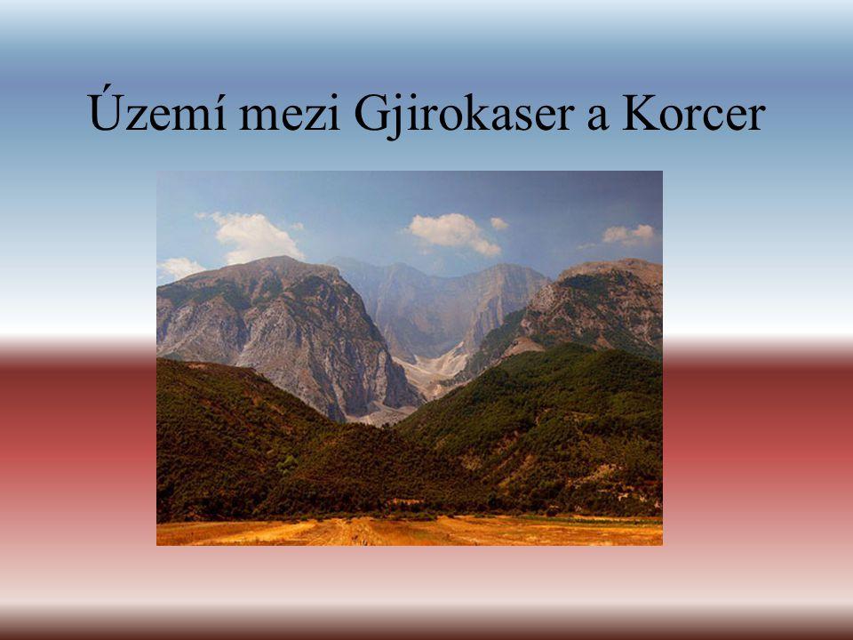 Území mezi Gjirokaser a Korcer