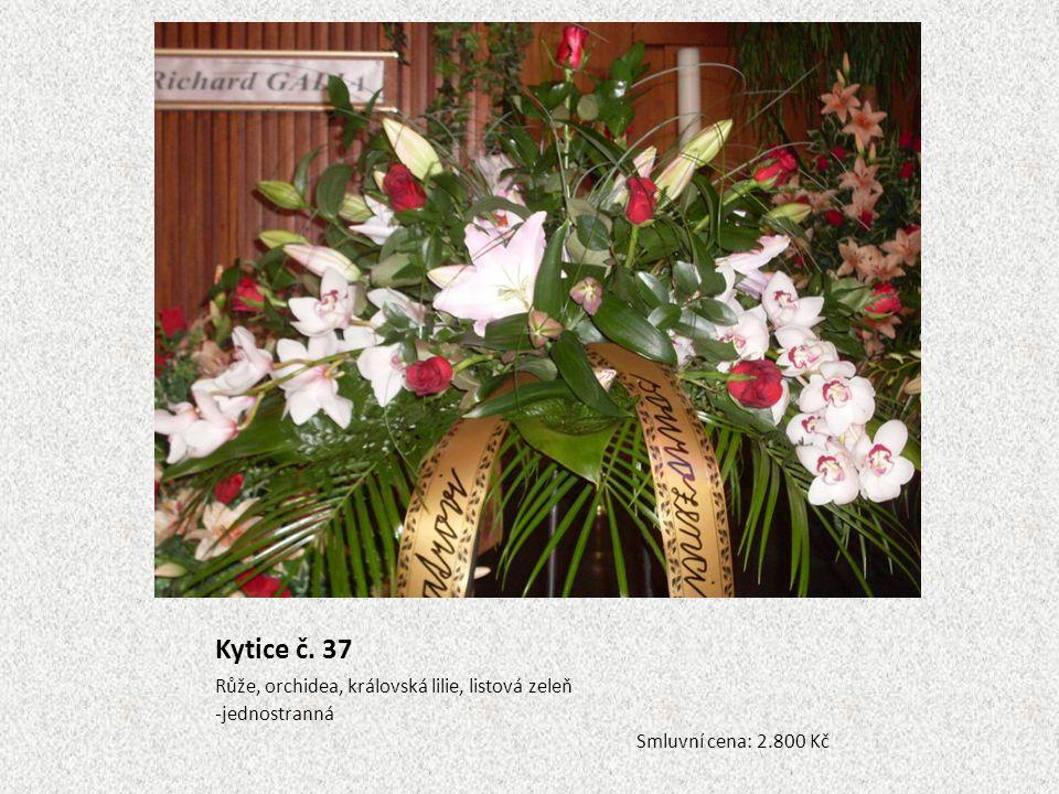 Kytice č. 37 Růže, orchidea, královská lilie, listová zeleň