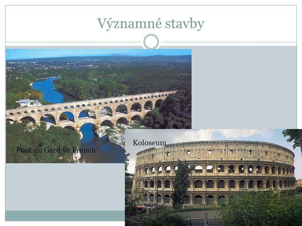 Významné stavby Koloseum Pont du Gard ve Francii