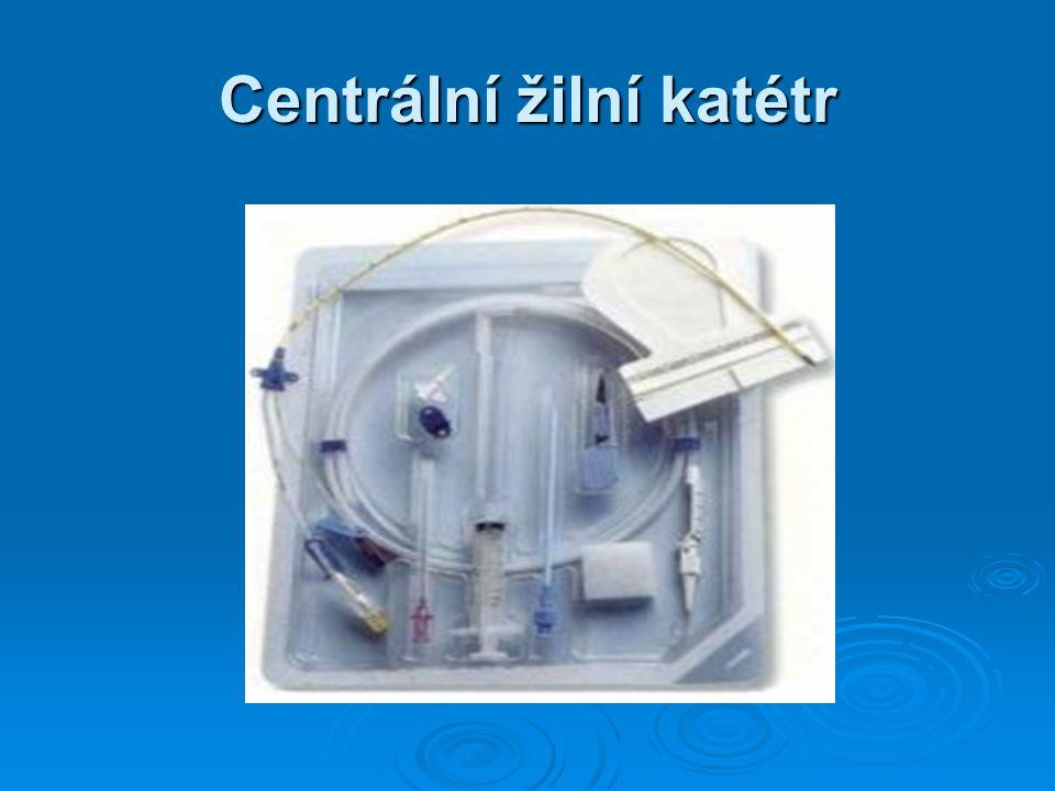 Centrální žilní katétr