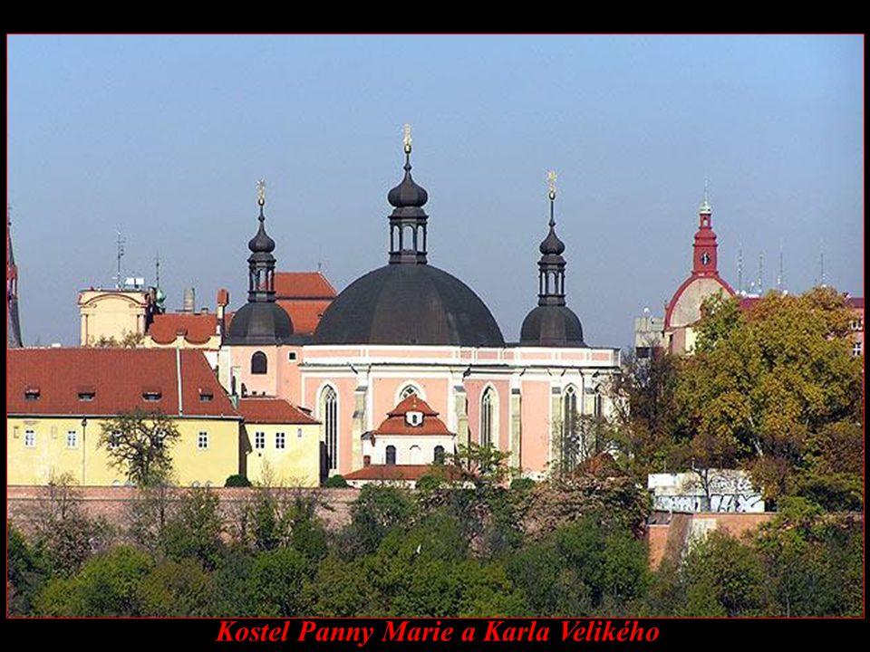 Kostel Panny Marie a Karla Velikého