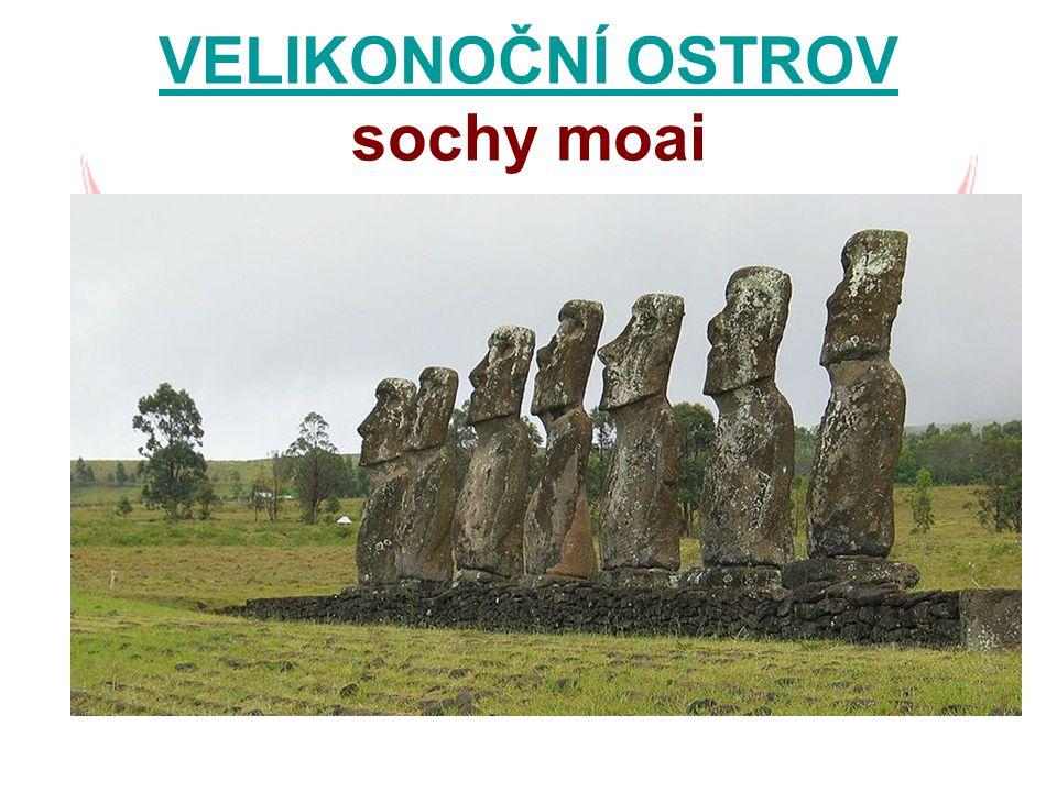 VELIKONOČNÍ OSTROV sochy moai