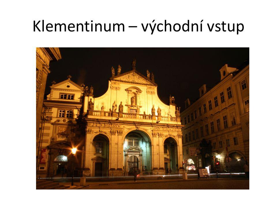 Klementinum – východní vstup
