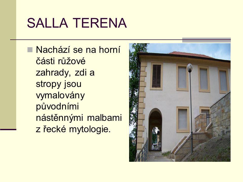SALLA TERENA Nachází se na horní části růžové zahrady, zdi a stropy jsou vymalovány původními nástěnnými malbami z řecké mytologie.