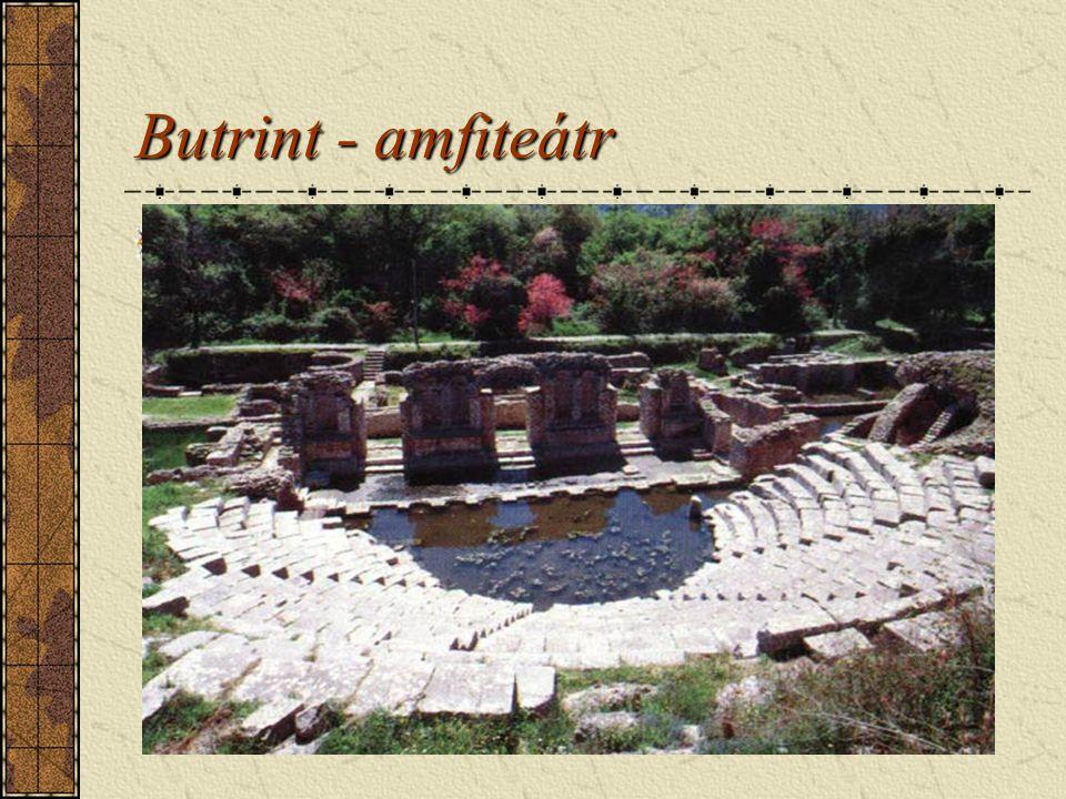 Butrint - amfiteátr