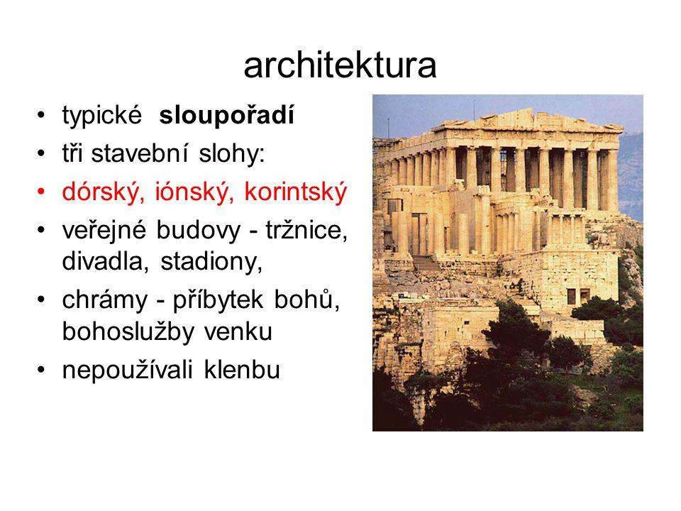 architektura typické sloupořadí tři stavební slohy: