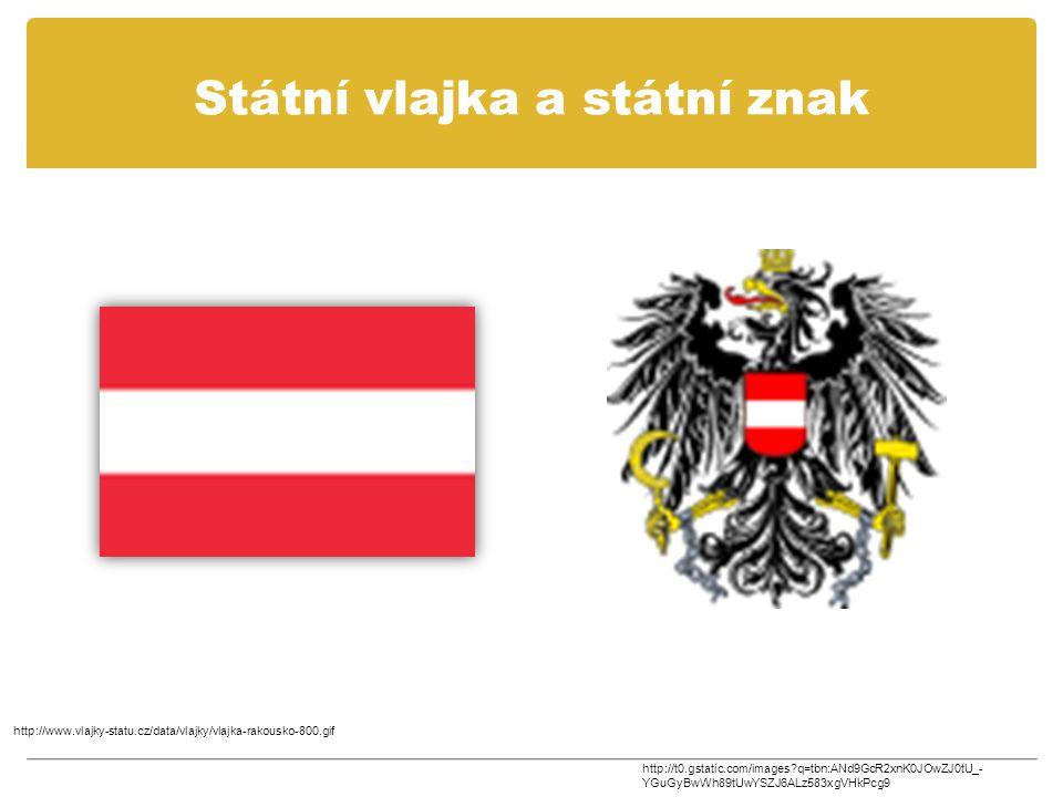 Státní vlajka a státní znak