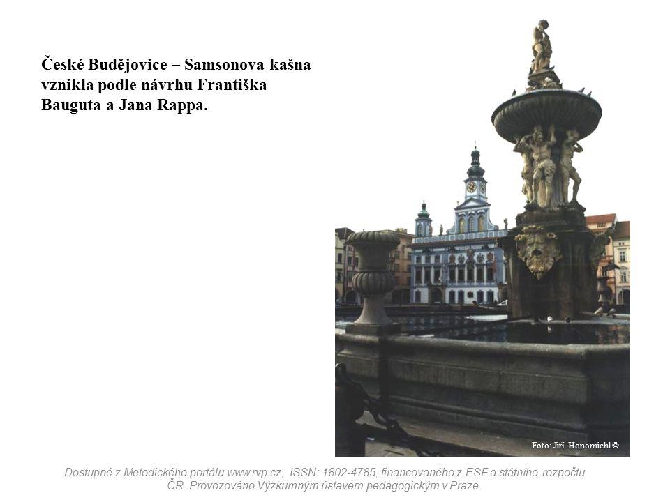 České Budějovice – Samsonova kašna vznikla podle návrhu Františka Bauguta a Jana Rappa.