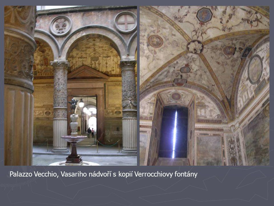 Palazzo Vecchio, Vasariho nádvoří s kopií Verrocchiovy fontány